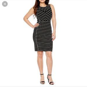 Bold elemtent lines dress,M